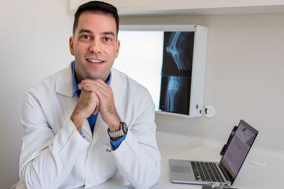 Dro Eduardo Cabral Coelho - ortopedista