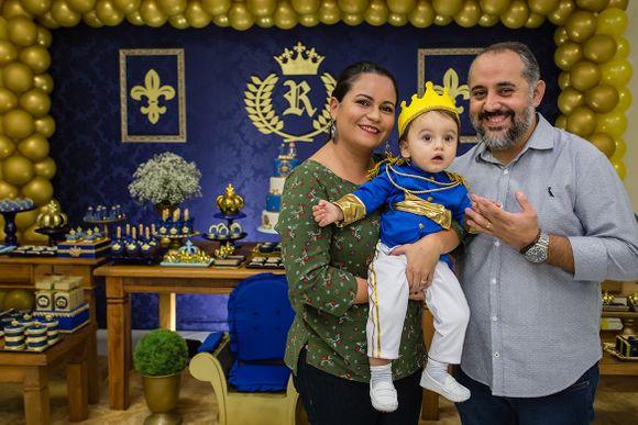A primeira festa do Pequeno Príncipe Rafael