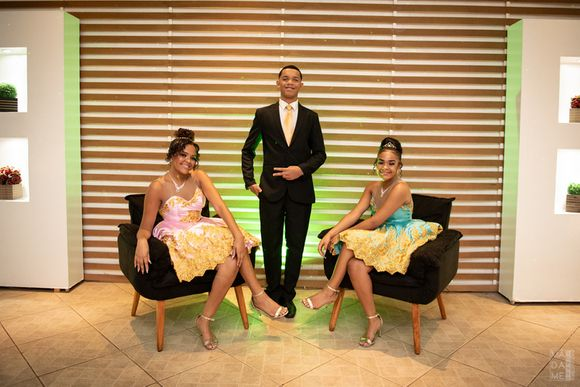 Festa Trigêmios 15+ 1 Debutantes Ana, Clarissa e Alessandro