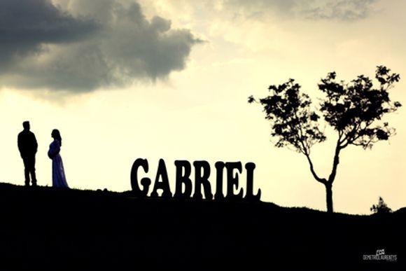 À ESPERA DE GABRIEL