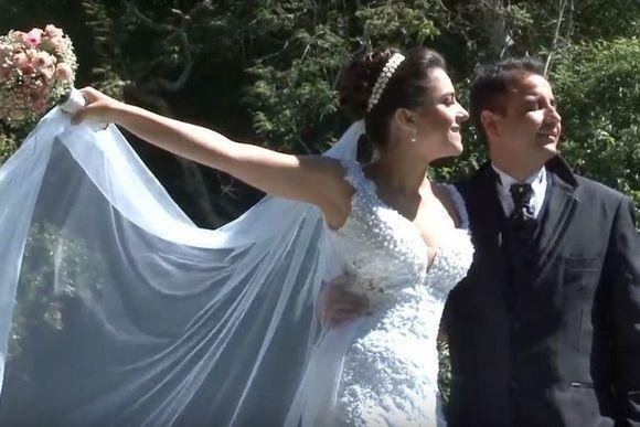 Trailer Luiza e Gustavo