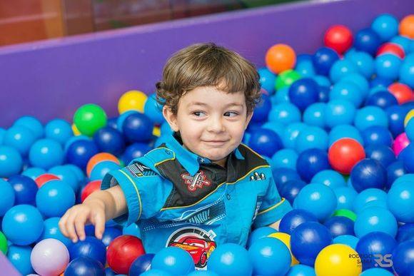Pedro 2 anos - Carros da Disney