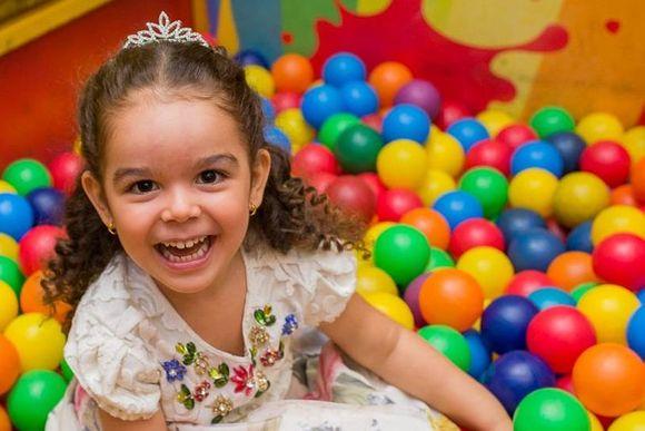 Isabella 4 Anos - Princesinha Sofia