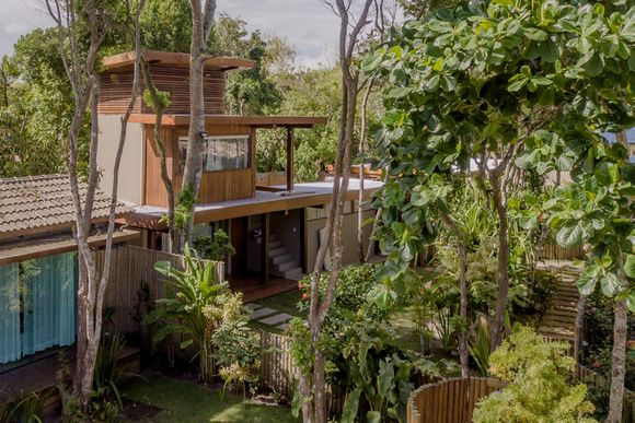 360 GuestHouse Paradise- Casa Sabiá [Google StreetView]