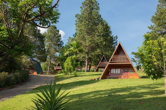 360 Parque Hotel Pimonte - Chalés [Google StreetView]