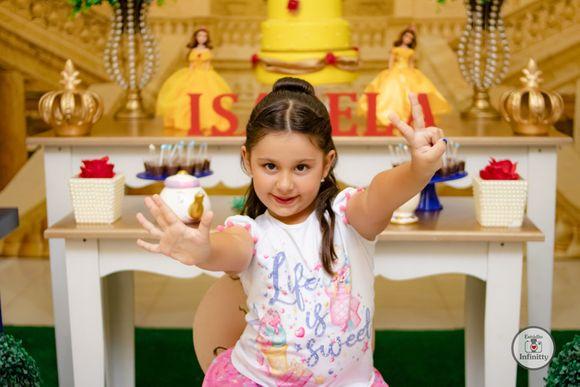 Isabela - 7 aninhos