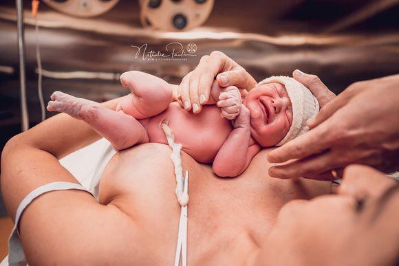 Nascimento da Maria - Parto Cesárea