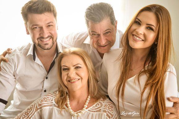 Família Adur